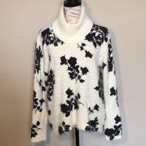 Vince Camuto Eyelash oversized sweater sz M